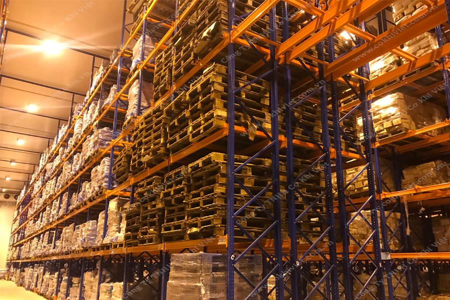 DOUBLE DEEP RACKING SYSTEM IN COLD STORAGE